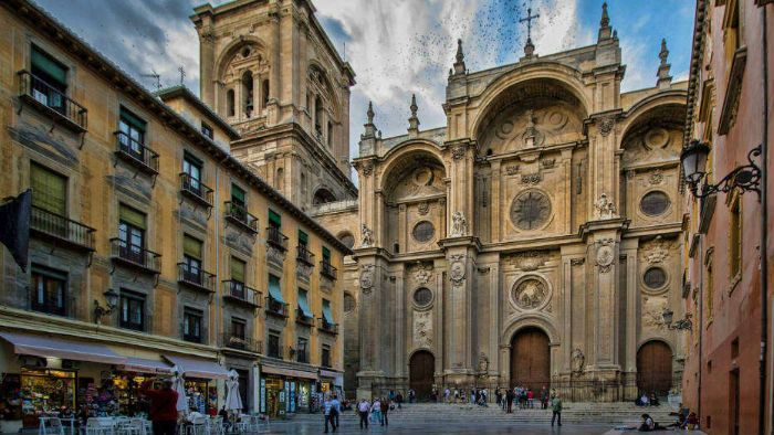 Qué ver en Granada. Un paseo guiado por la Granada imprescindible