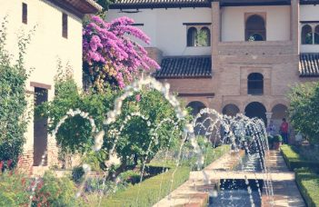 Alhambra Guided Tour FR